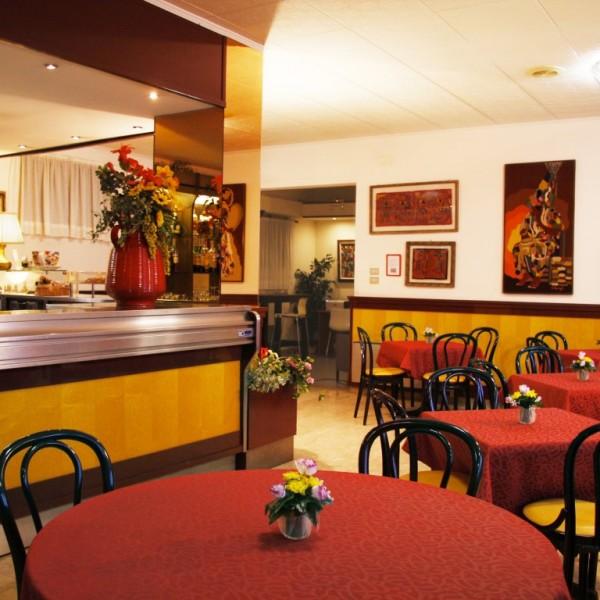 bar-e-tavoli