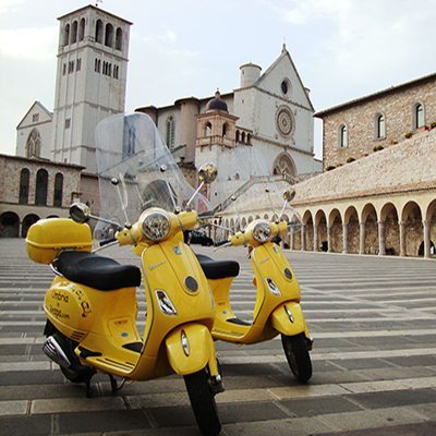 RENT AN ITALIAN VESPA SCOOTER